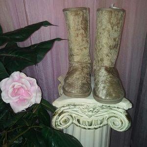 Gold Crushed Velvet Faux Sheepskin Boots